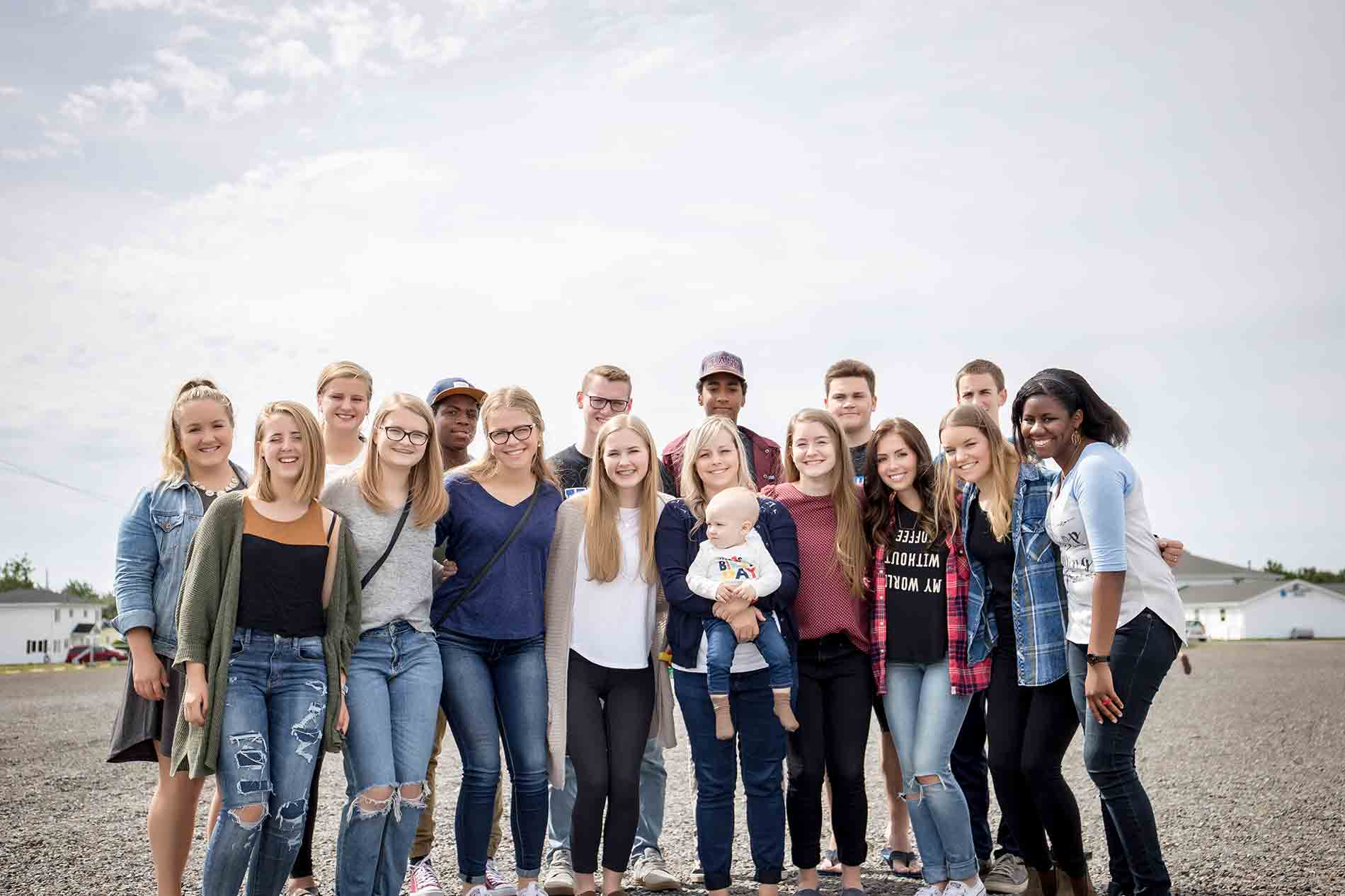 Lytehouse Youth  Do you have a teen in Grade 7-12?  Learn about our Lytehouse Youth program here.