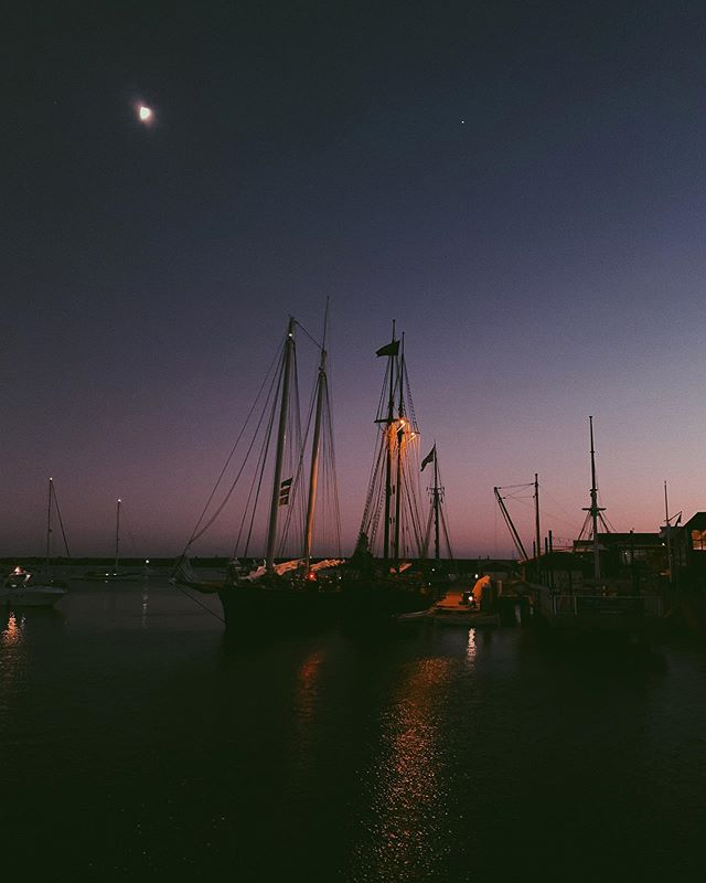 just me continually trying to stretch the iPhones night time limits on a walk through the harbor