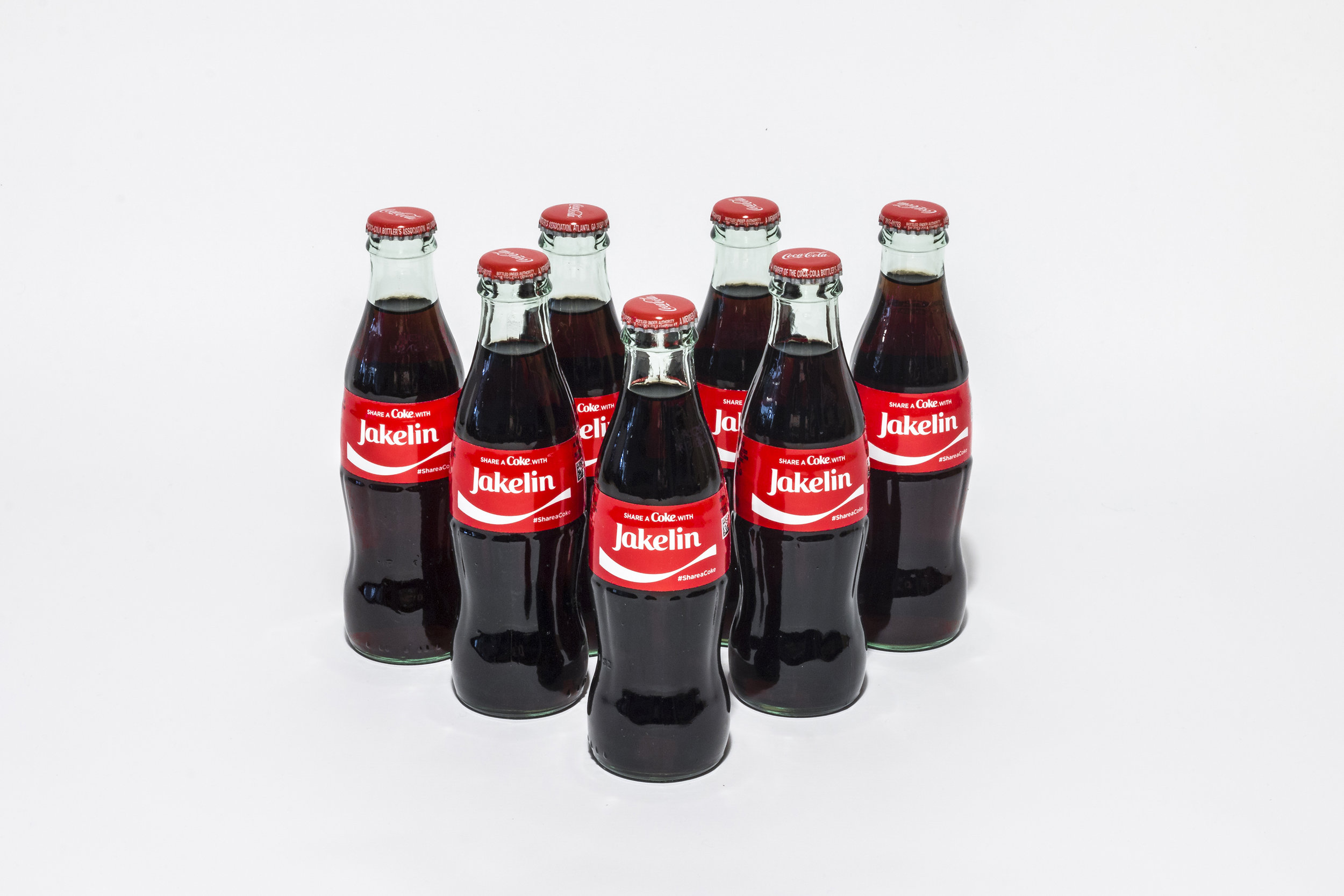 *This guerrilla stunt hasn't been organized by The Coca-Cola Company, and this isn't either part of their 'Share a Coke' initiative. However, the people behind this humanitarian action have used the Coke online platform to help immigrants families.