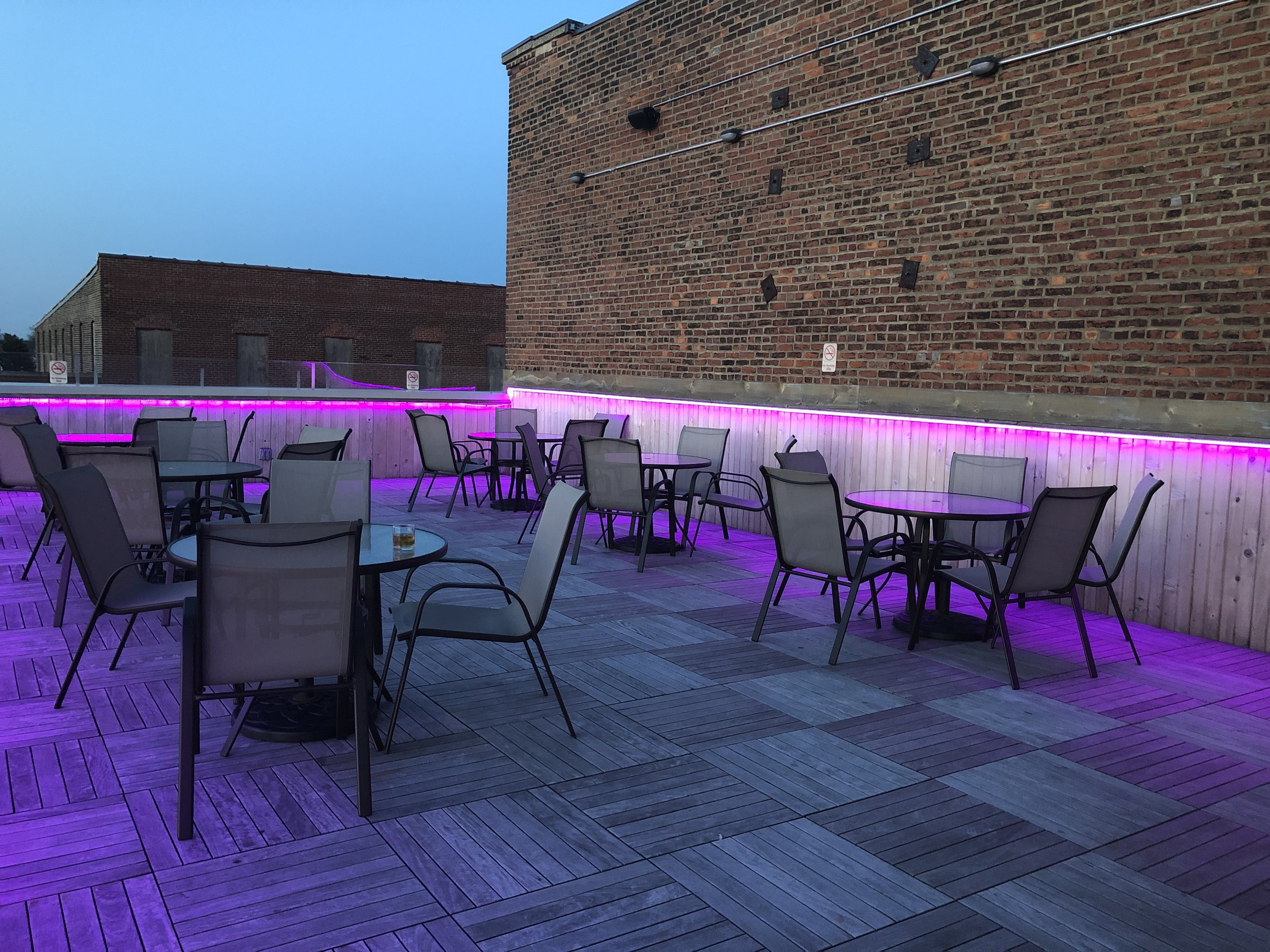 Rooftop - Relax in style on our rooftop patio. Always open as long as the weather is cooperating!