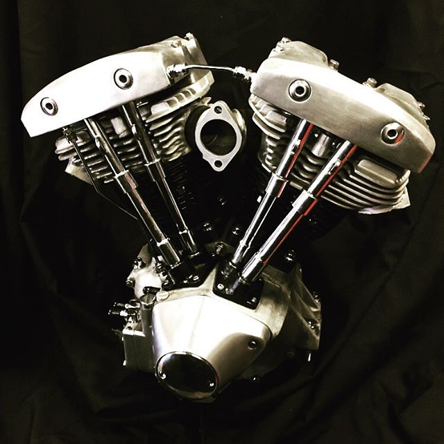 The Shovelhead motor you can win at this years #howlnprowl2019  Entry gets you one shot to win, and you can pick up more chances at the show! May 25th! MUST BE PRESENT TO WIN!!!! Just one of many cool things to win in the raffle  #oldshitrules