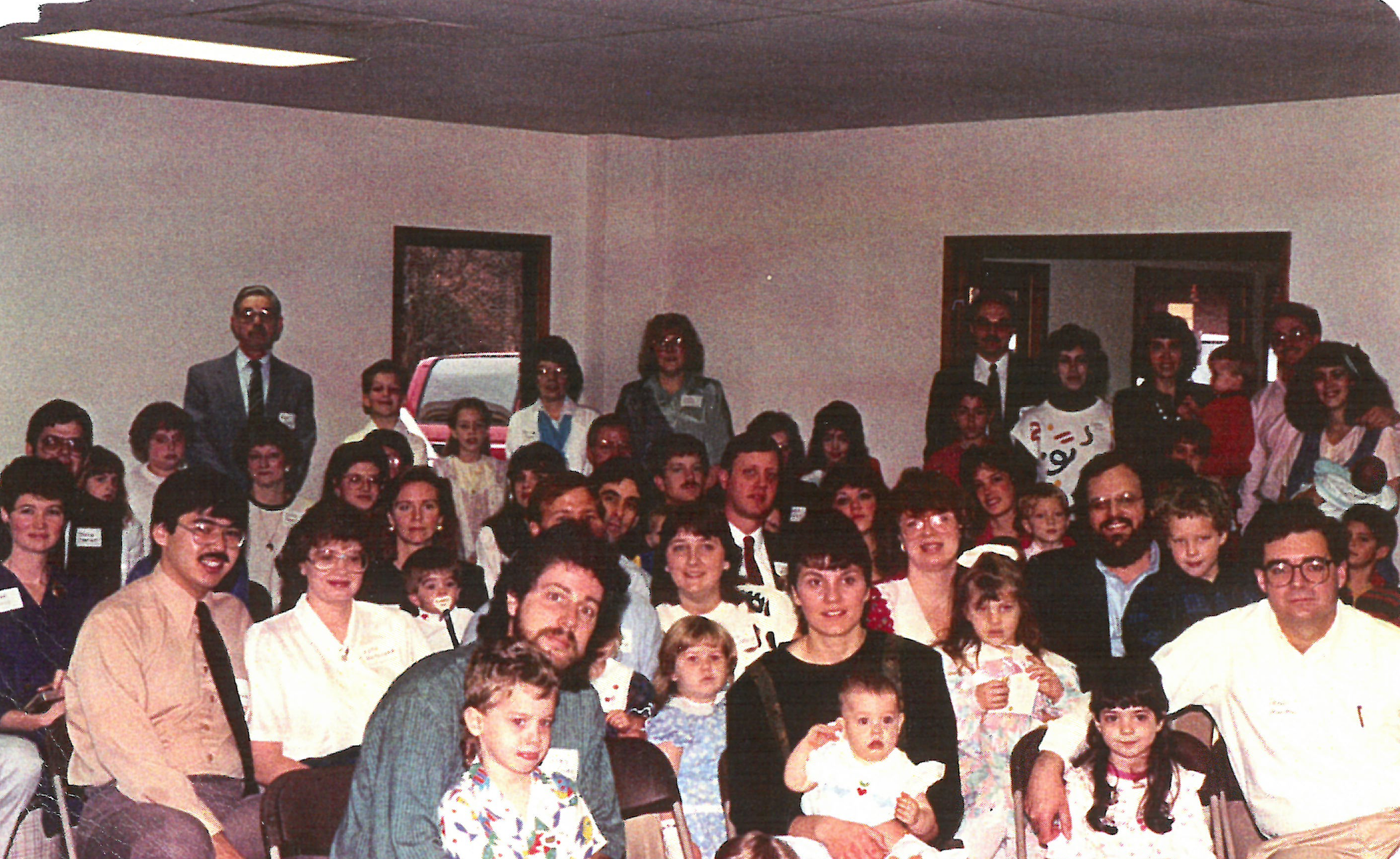 FOUR OAKS BEGAN … - as a Bible study in a small Tallahassee apartment in 1990. Nearly three decades later, the vision that birthed the church continues to form and fuel us: the good news of Jesus changes everything.Our journey together has gathered us in homes, storefronts, warehouses, cafeterias, and rented auditoriums as we've sought to learn the ways of Jesus Christ together. We now exist in three unified, interdependent congregations throughout Tallahassee. Convinced that vibrant local congregations are critical to the faith of believers and the flourishing of a city, Four Oaks exists to treasure, grow, and go in the gospel of Jesus Christ.