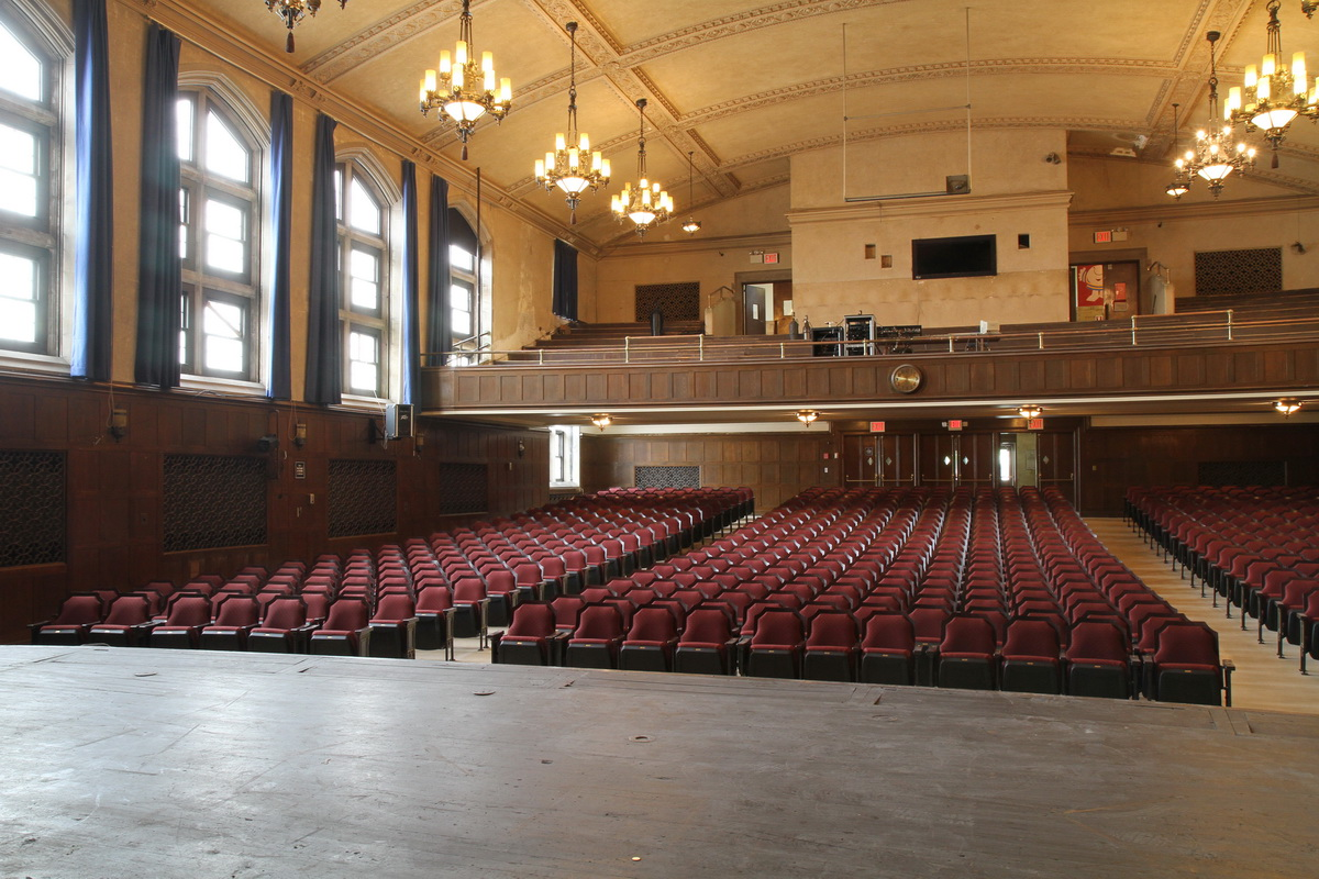 - The DFSF has sold over 100 plaques to raise money for the ongoing renovation of the auditorium at the Dobbs Ferry High School.Honor a graduate with a plaque in the Dobbs Ferry High School Auditorium.More information available here.