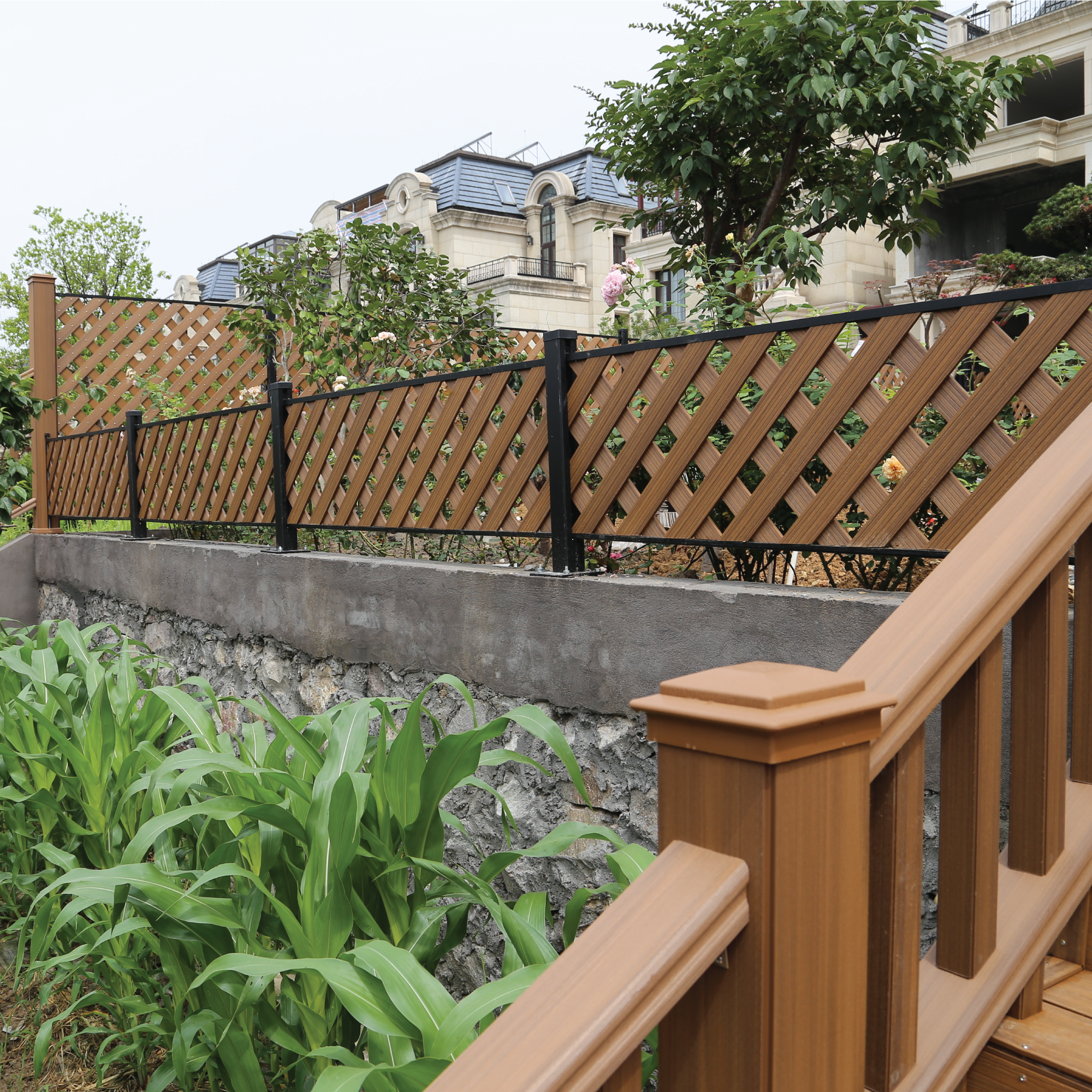 ....Heartwood Fencing..围栏..Heartwood Cercas.... -