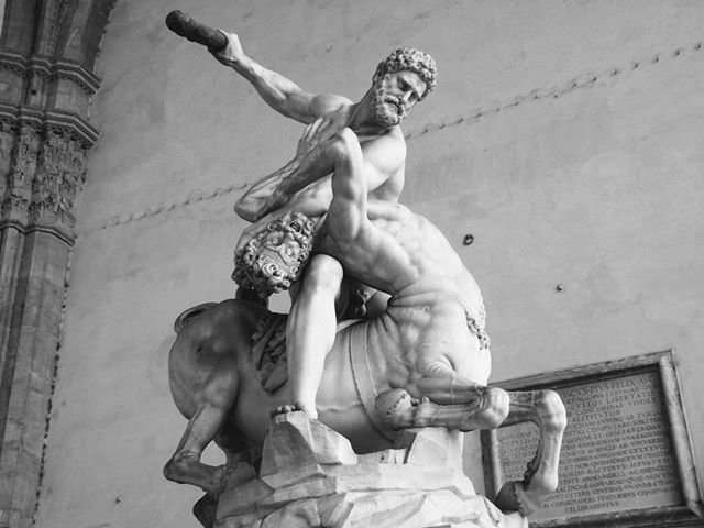 Outside the Palazzo Vecchio in Florence, Italy, amazing statues stand that could act as a gallery unto themselves. This is a representation of Hercules beating the Centaur Nessus.  For the full story, check out the link in my bio.  #florence #italy #foundinpursuit #lonelyplanet #adventurecouple #travel #art #photography #travelwriter