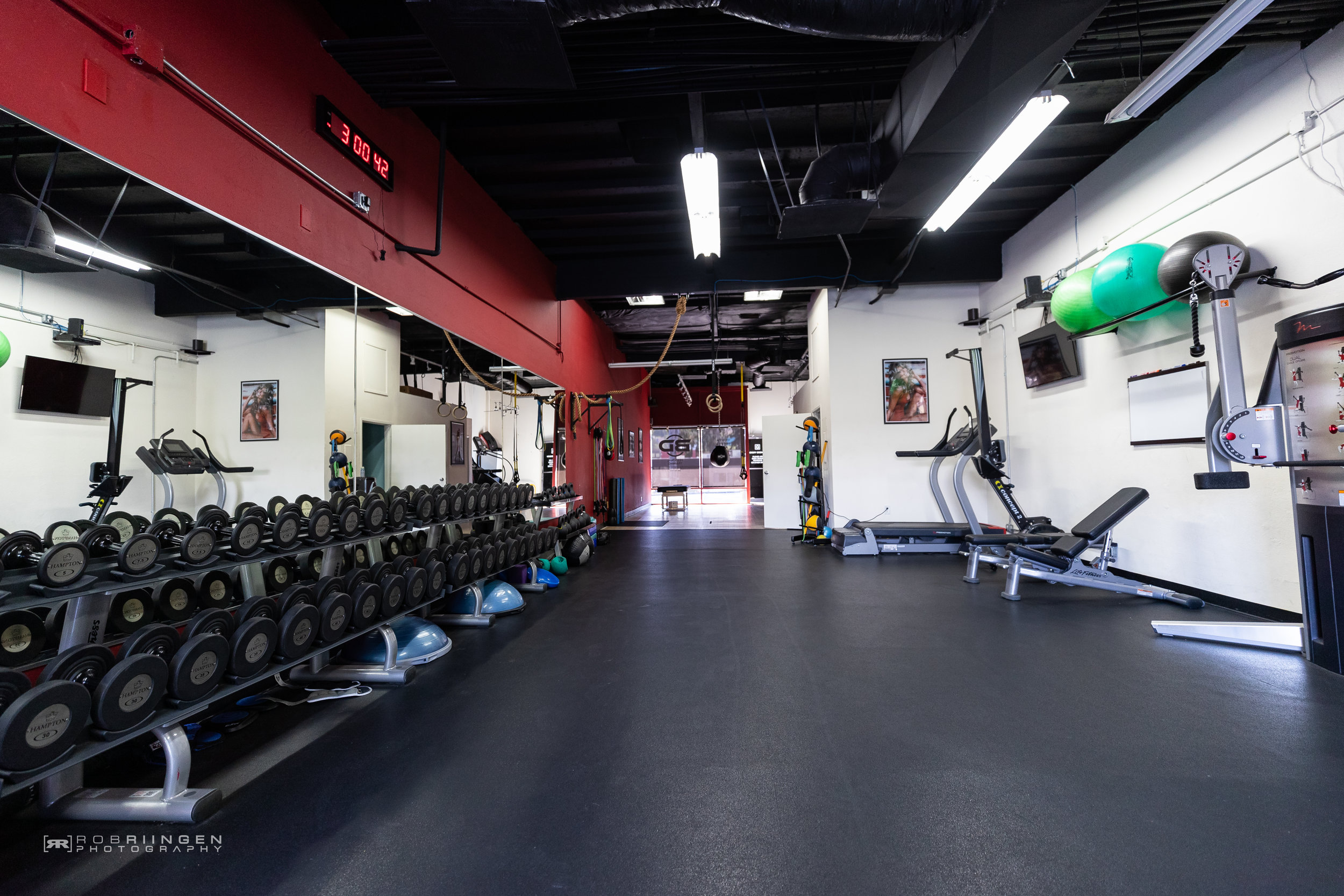 Private Facility - Body Design offers clients a different way to train. 1,600 Sqft of immaculately clean studio space.