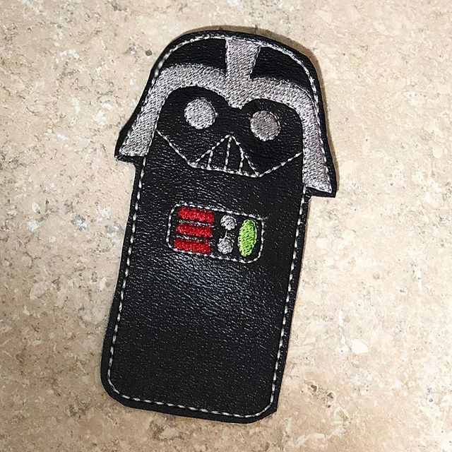 Freeze pop holders will be coming to the site soon. #starwars #darthvader #freezepop #freezepopholders #tanishalynnedesigns #tanishalynne #embroidery #machineembroidery