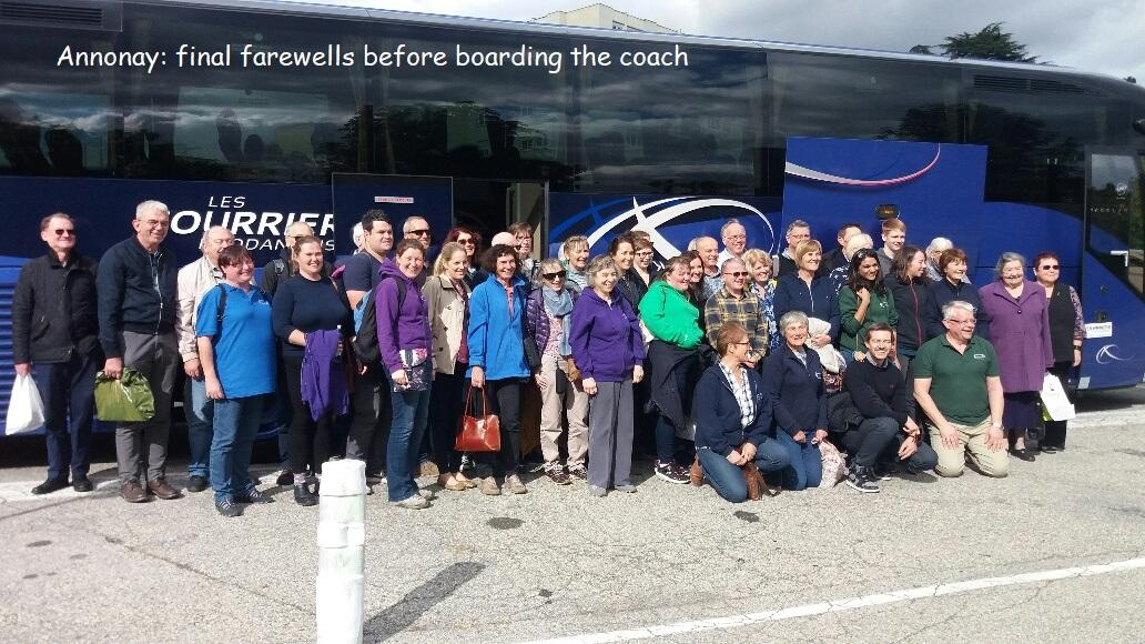 Annonay farewell at coach.jpg
