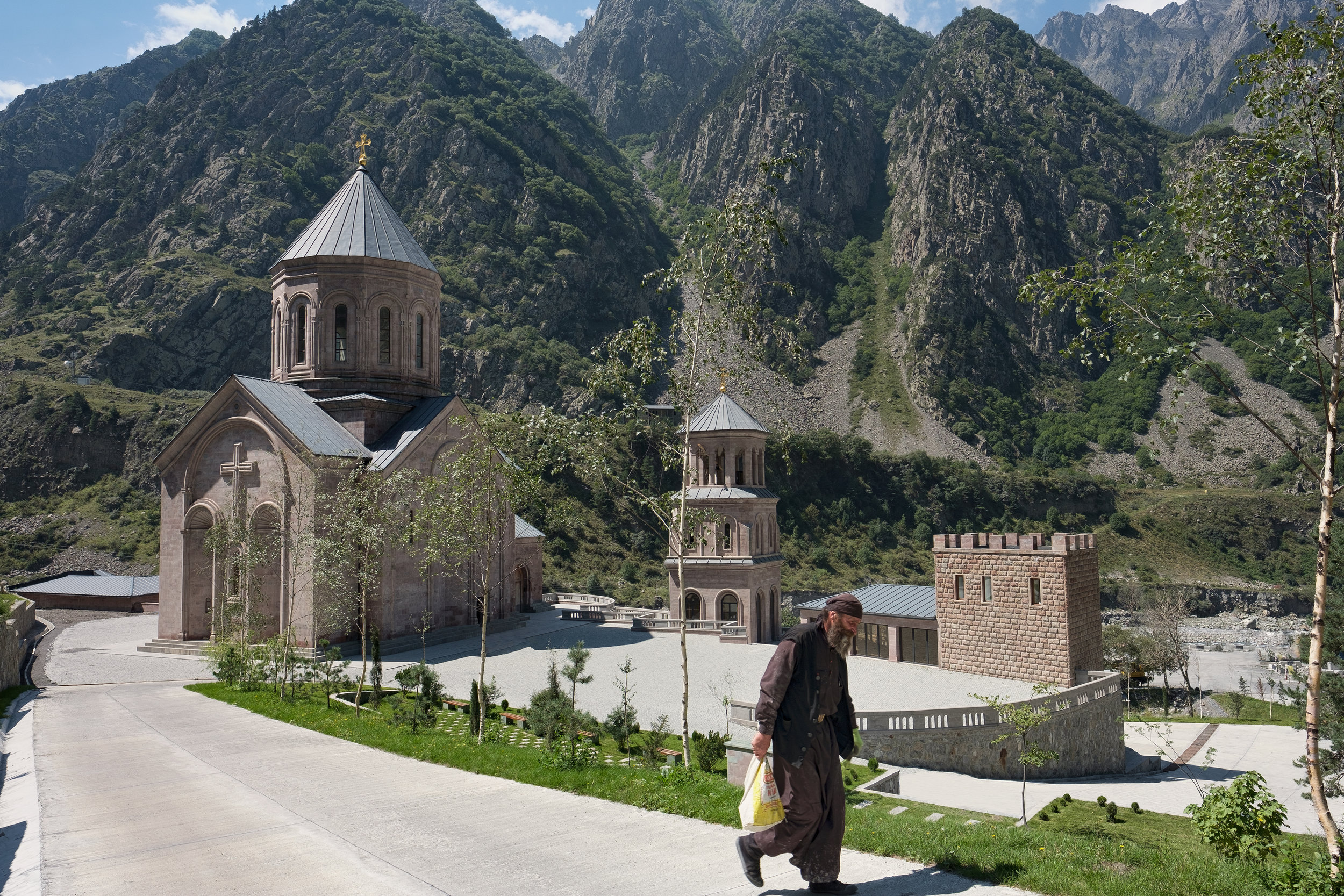 Dariali monastery