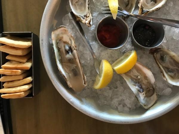 b2ap3_thumbnail_ellas-oyster-bar-.jpg