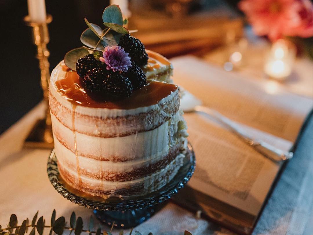 single cake.jpg