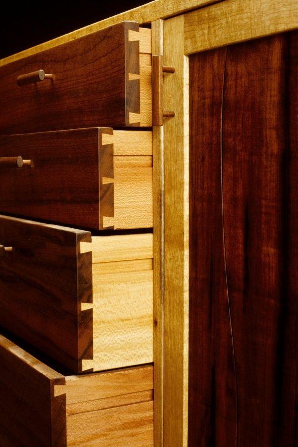 Dovetail joints on drawers