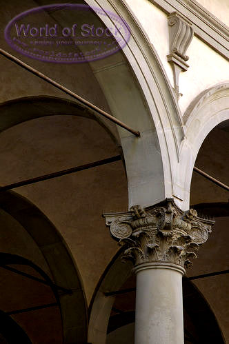 Composite column in Florence, Italy
