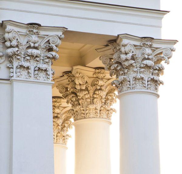 design-dictionary-acanthus-columns.jpg