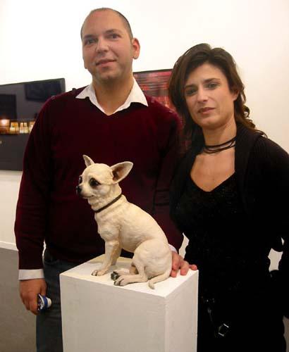Dog sculpture by Cathie Pilkington via Artnet