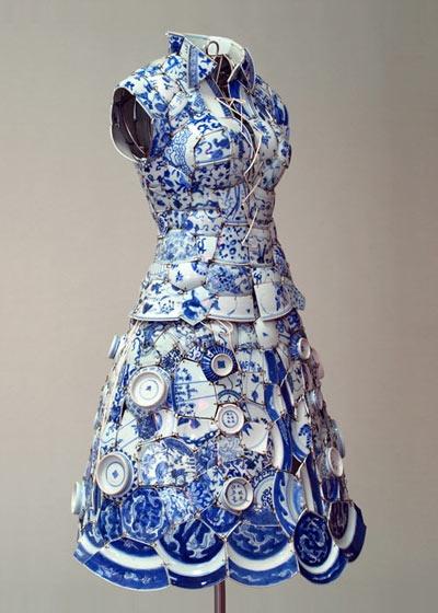 Pique assiette dress Dress by Li Xiaofeng. Love the plate hemline