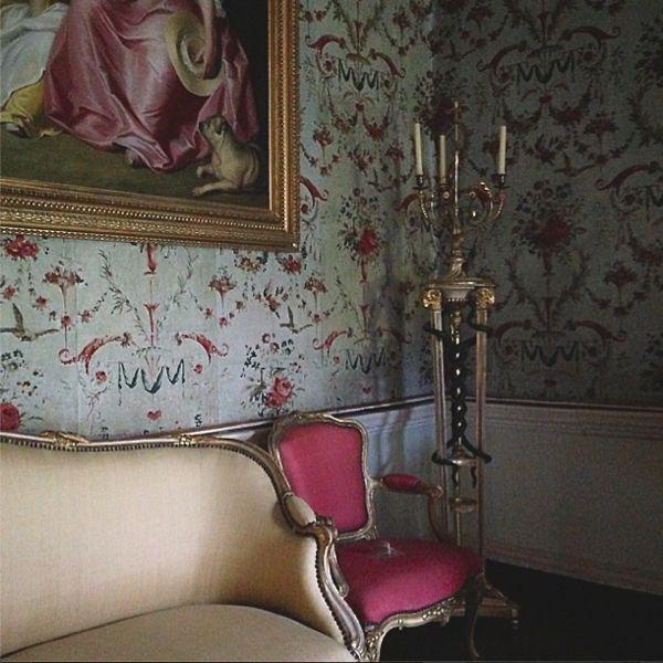 Cabriole Sofa. Photography by Ashley Hicks.