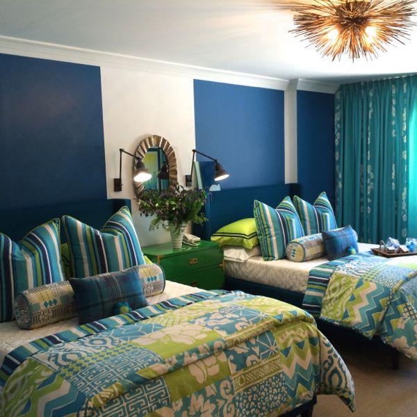 Interior Design by Bonnie Steves. Photography by Lynn Byrne.