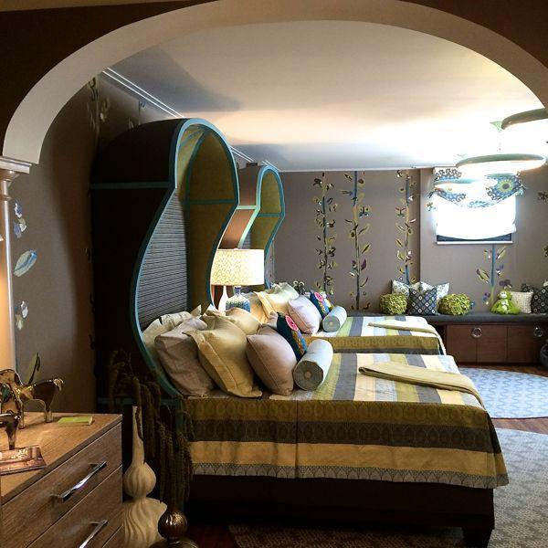 Interior design by Robin Baron. Photography by Lynn Byrne.