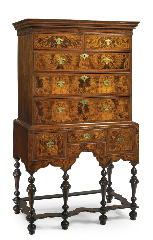 WILLIAM AND MARY Figured MAPLE AND BURLed WALNUT HIGH CHEST OF DRAWERS, Boston, Massachusetts, circa 1725 -