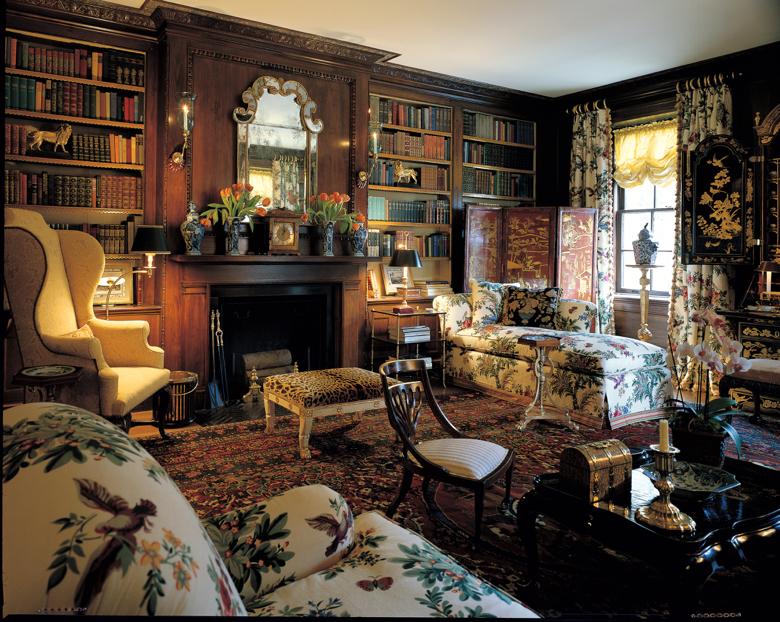 Interior design by Harold Simmons and Peter VanHattum; Photographer Phillip H. Ennis