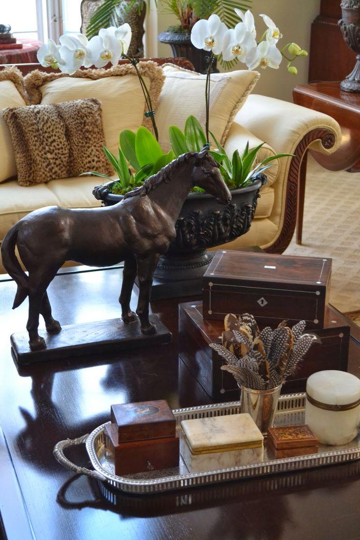 design-dictionary-bibelet-horse