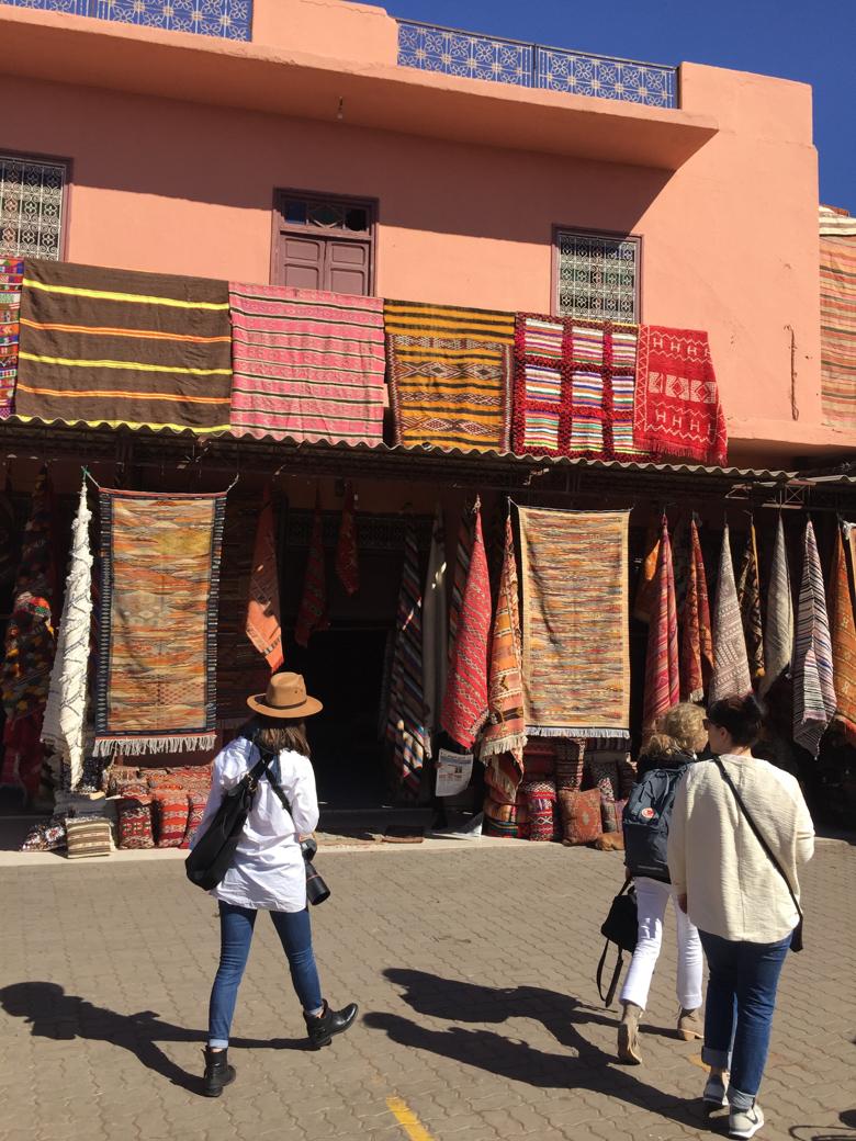 marrakech-rugs in medina