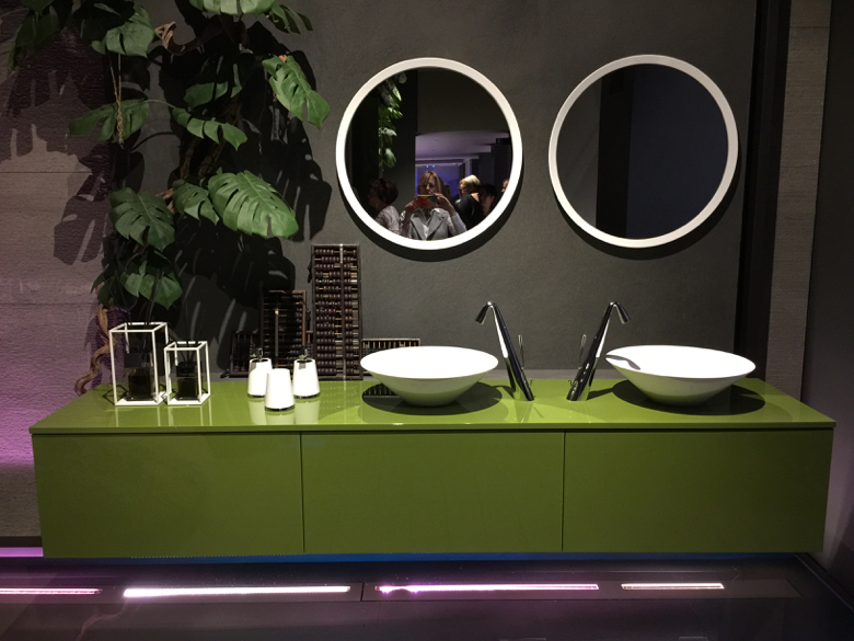 gessi-green bathroom