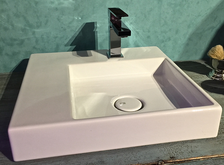 gessi-small sink with ledge
