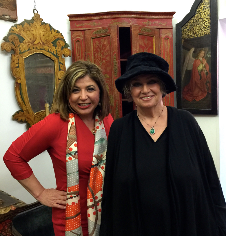 Toma, The Antiques Diva on the right with the owner of L'Antichita Maricana in her gallery