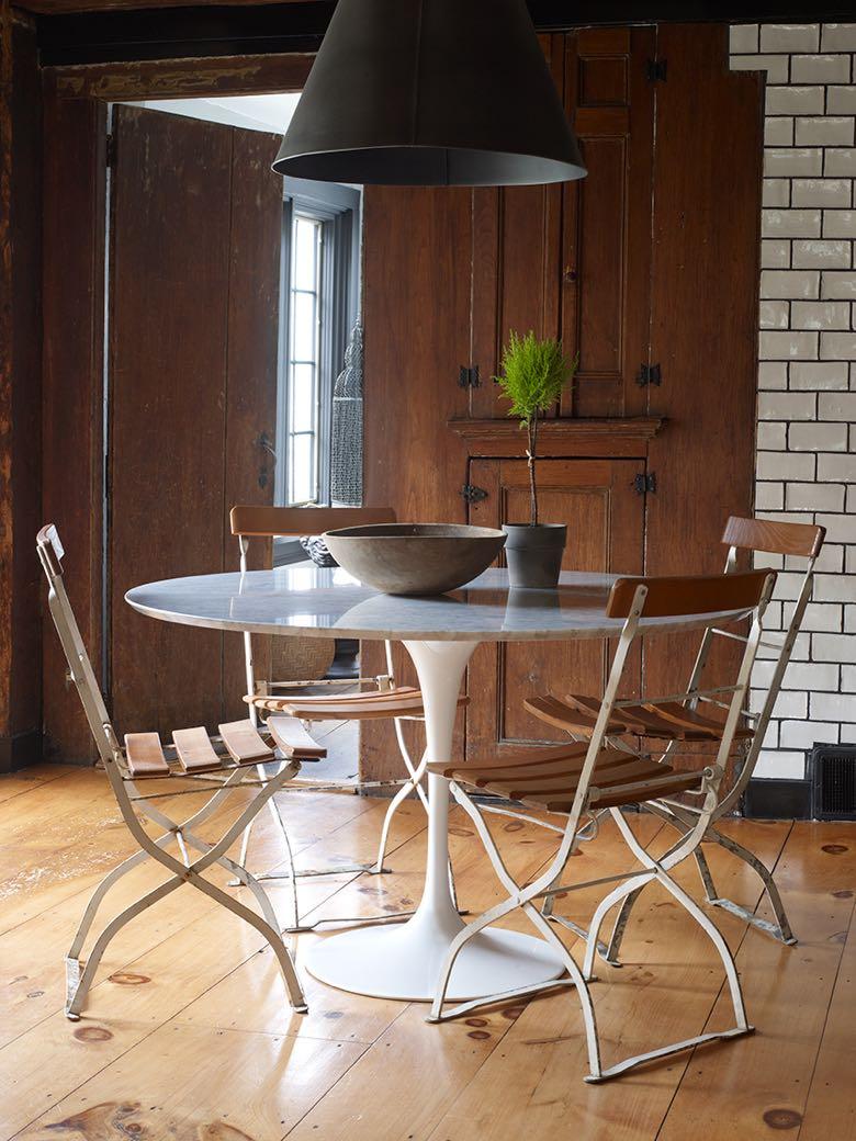 Interior design by Collin Robison. Photo by Ellen McDermott