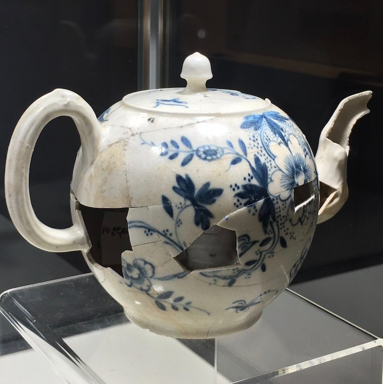 America's Oldest Teapot at the New York Ceramics And Glass Fair