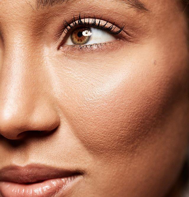 Skin is my favourite thing to do when I'm doing makeup ✨ Model  @itsjusttessaa  Photographer @natashagerschon  Makeup by me 🐒 . . . . . . . #editorialmakeup #photoshoot #fashionshootmakeup#beauty #beautymakeup #softmakeup #weddingmakeupartist #glossier #deciem #torontoweddingmakupartist #freelancemakeup #editorialmakeup #maccosmetics #maccosmeticscanada  #theartistedit #skinisin #torontobeautyblogger #beautyblogger  #shorthair #paopaomanigat #paolamanigat #manigatmua