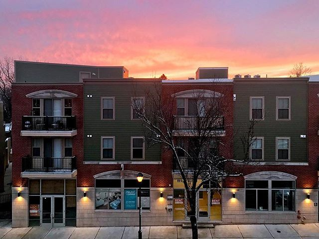 Sunset 🌅 over The Westview #tb 📸 by @gomtairy #germantownavenue #apartments #elfantpontz