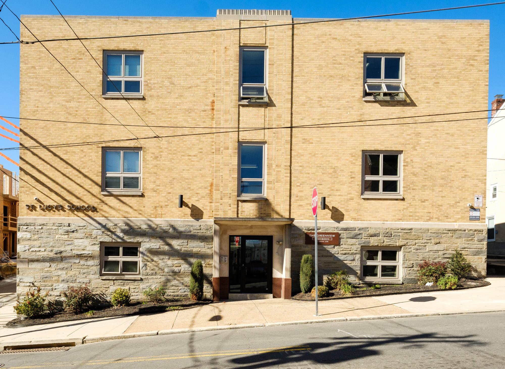 144 Green Lane Philadelphia, PA 19127