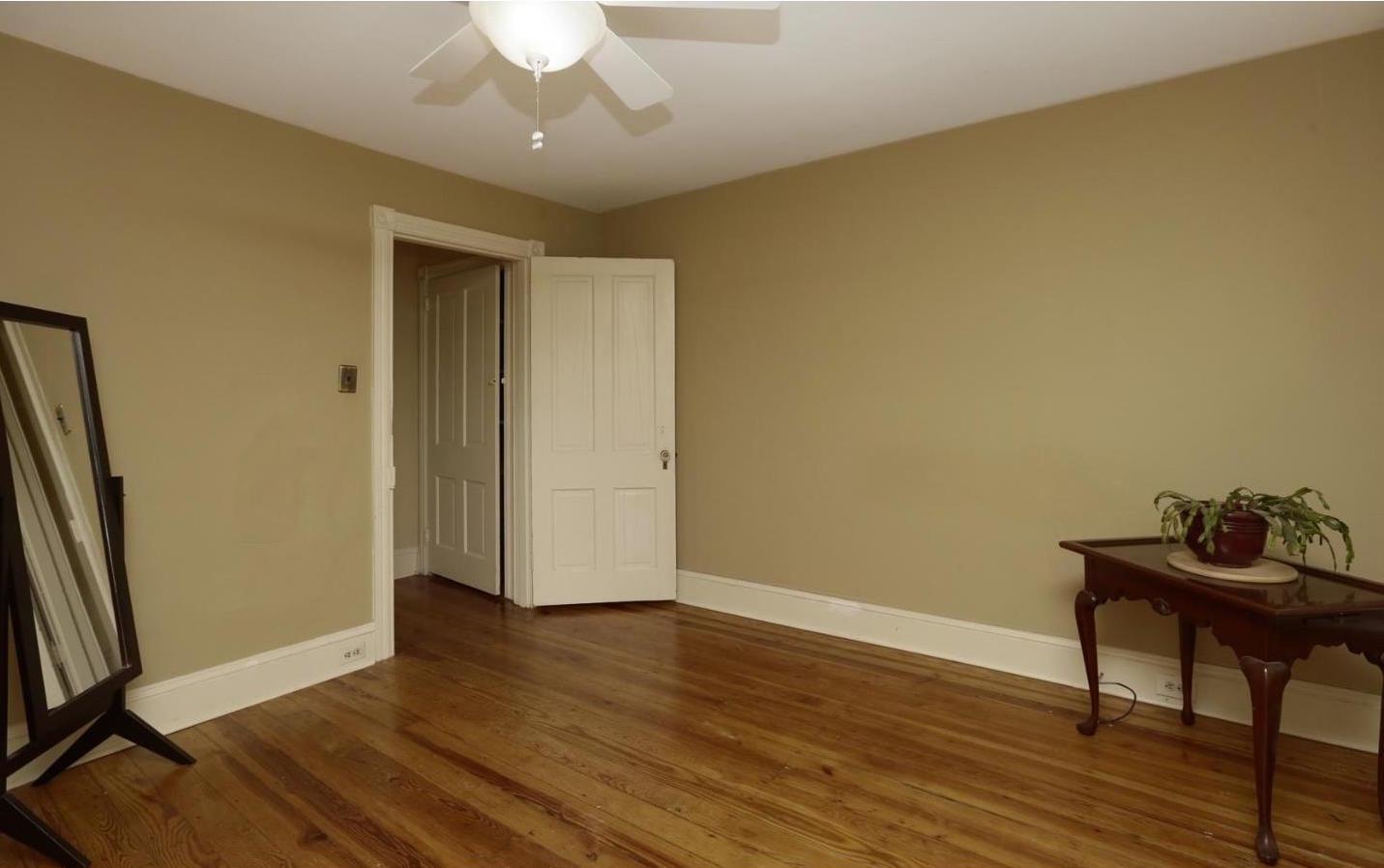 lawnton bedroom 3.jpeg