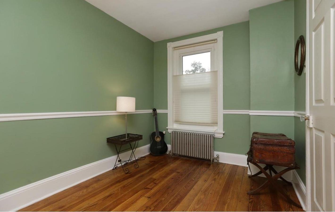 lawnton bedroom 4.jpeg