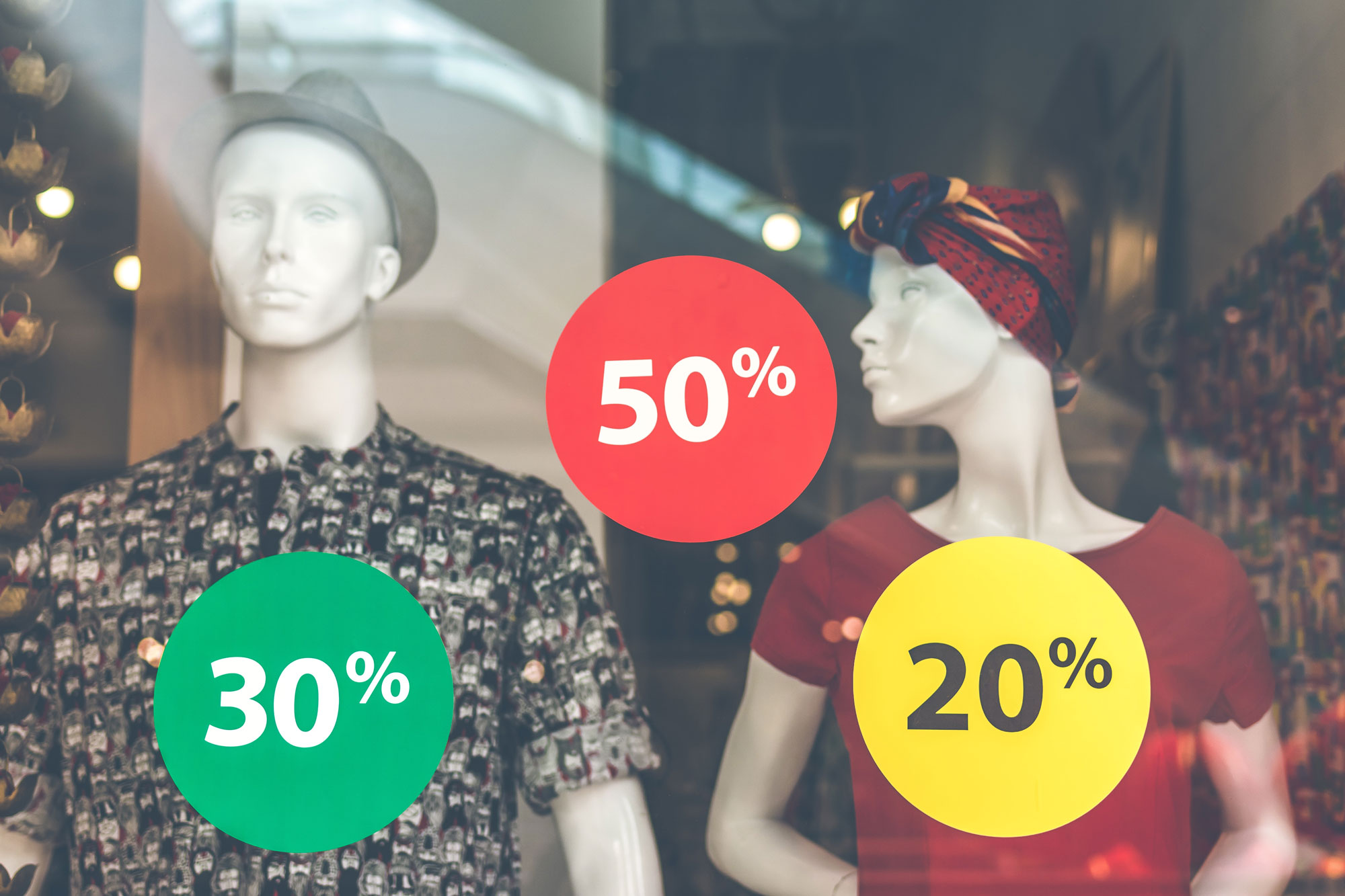 shopping-discounts-in-store.jpg