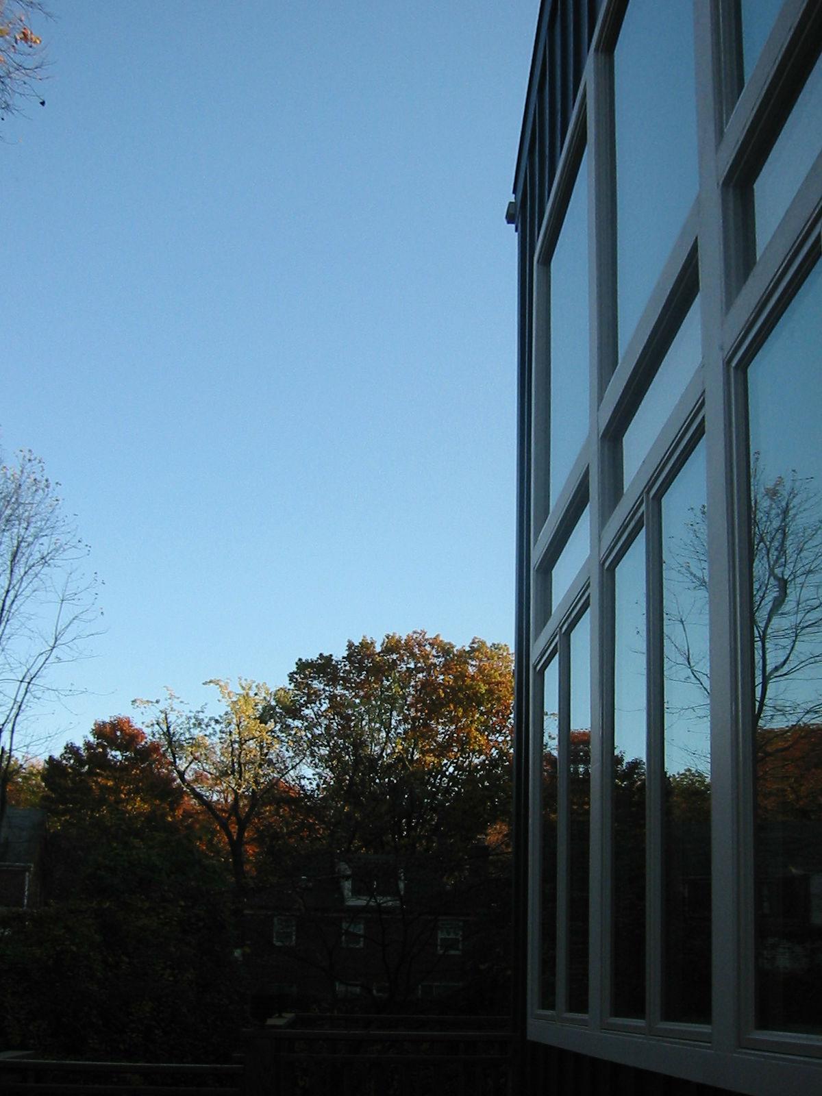 blue_sky_house_03.jpg