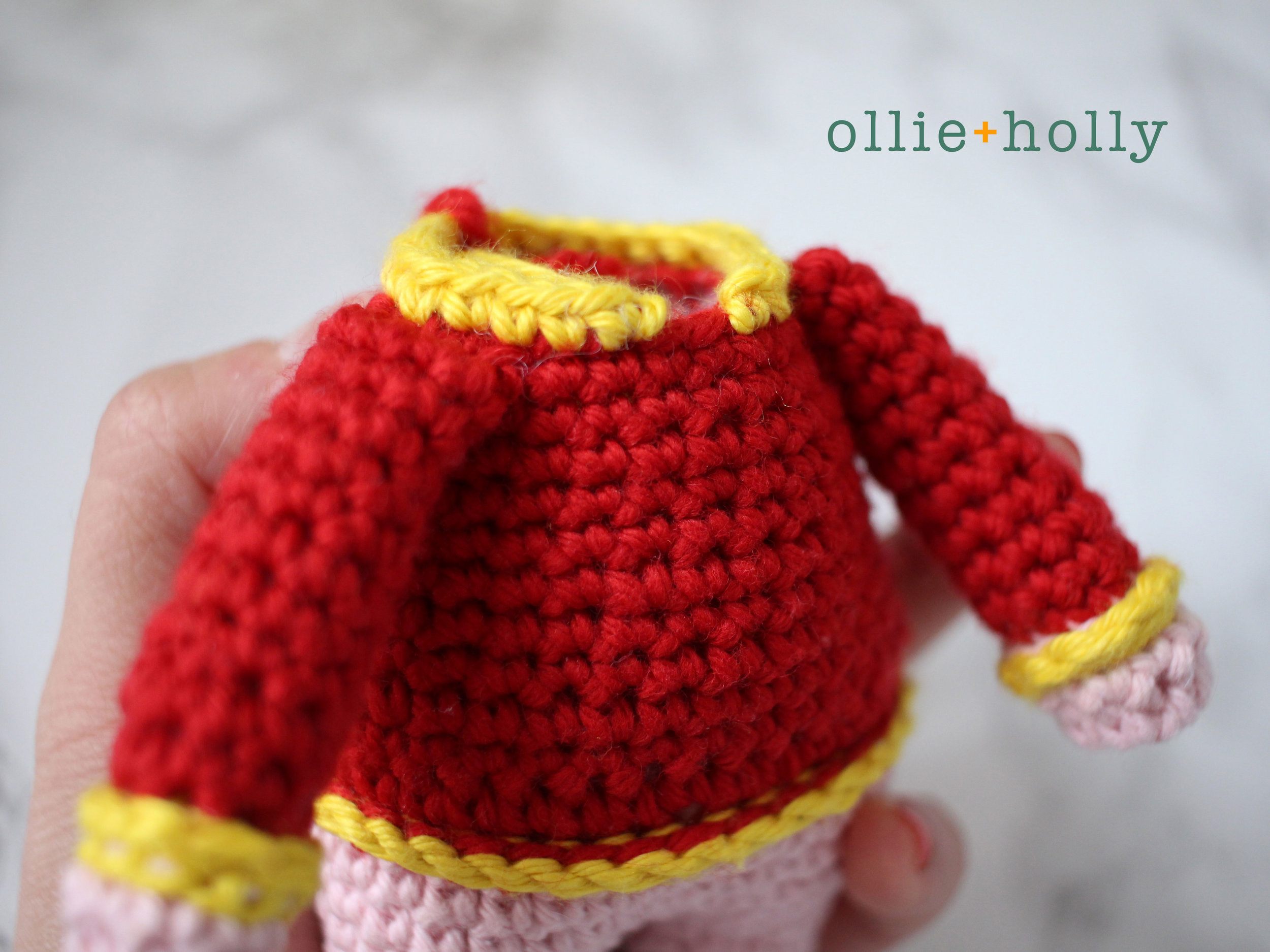 Pig in Cheongsam Amigurumi Crochet Blog Post