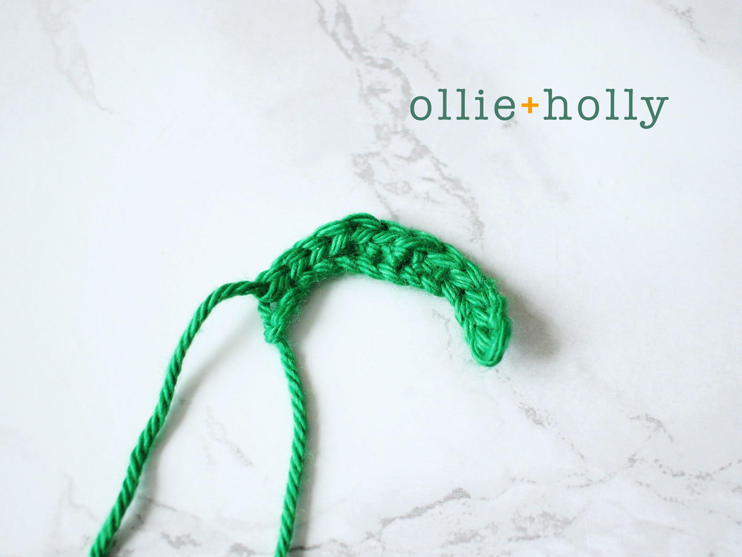 Free Toronto Green Bin Amigurumi Crochet Pattern Step 5
