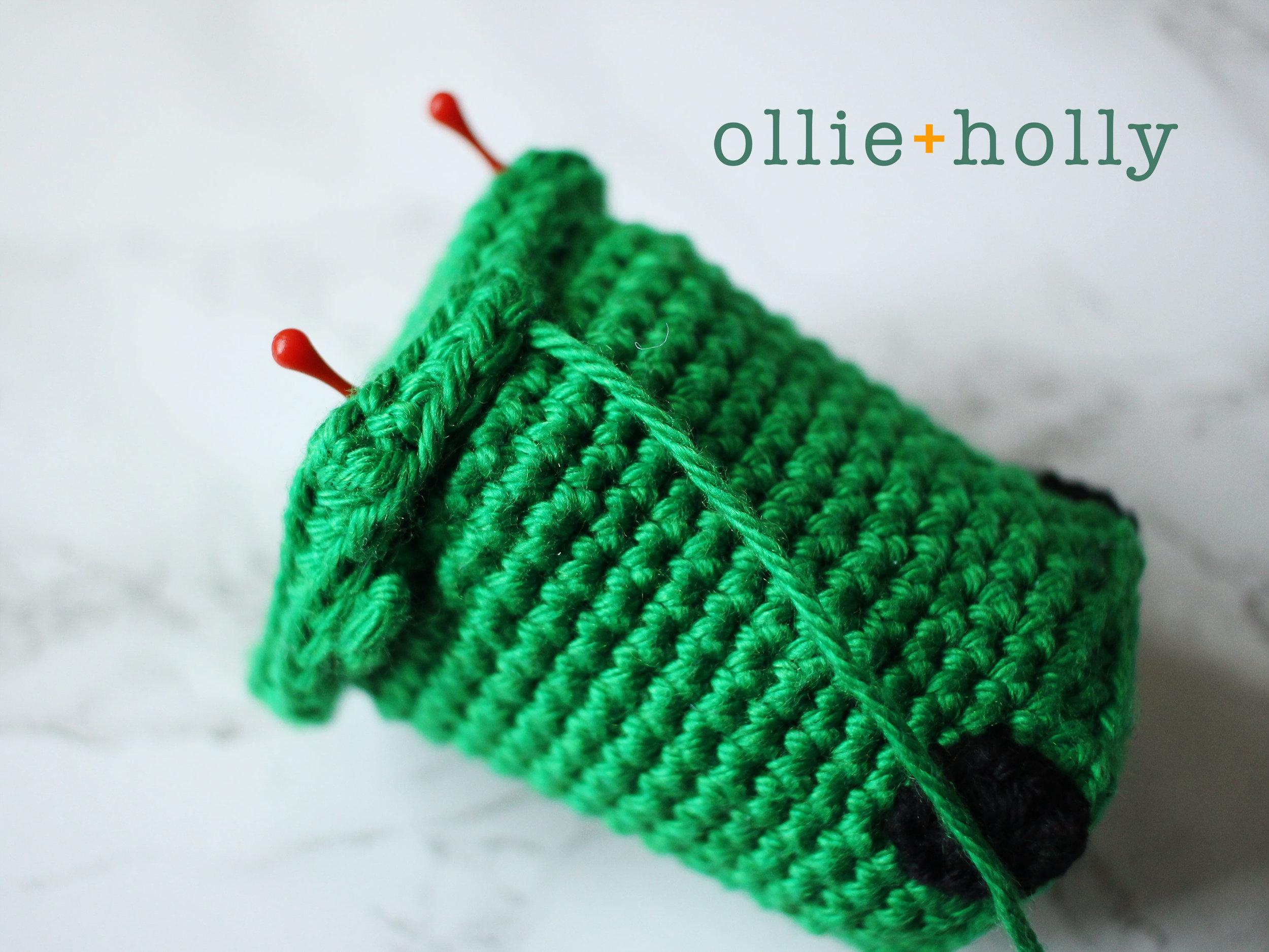 Free Toronto Green Bin Amigurumi Crochet Pattern Step 7