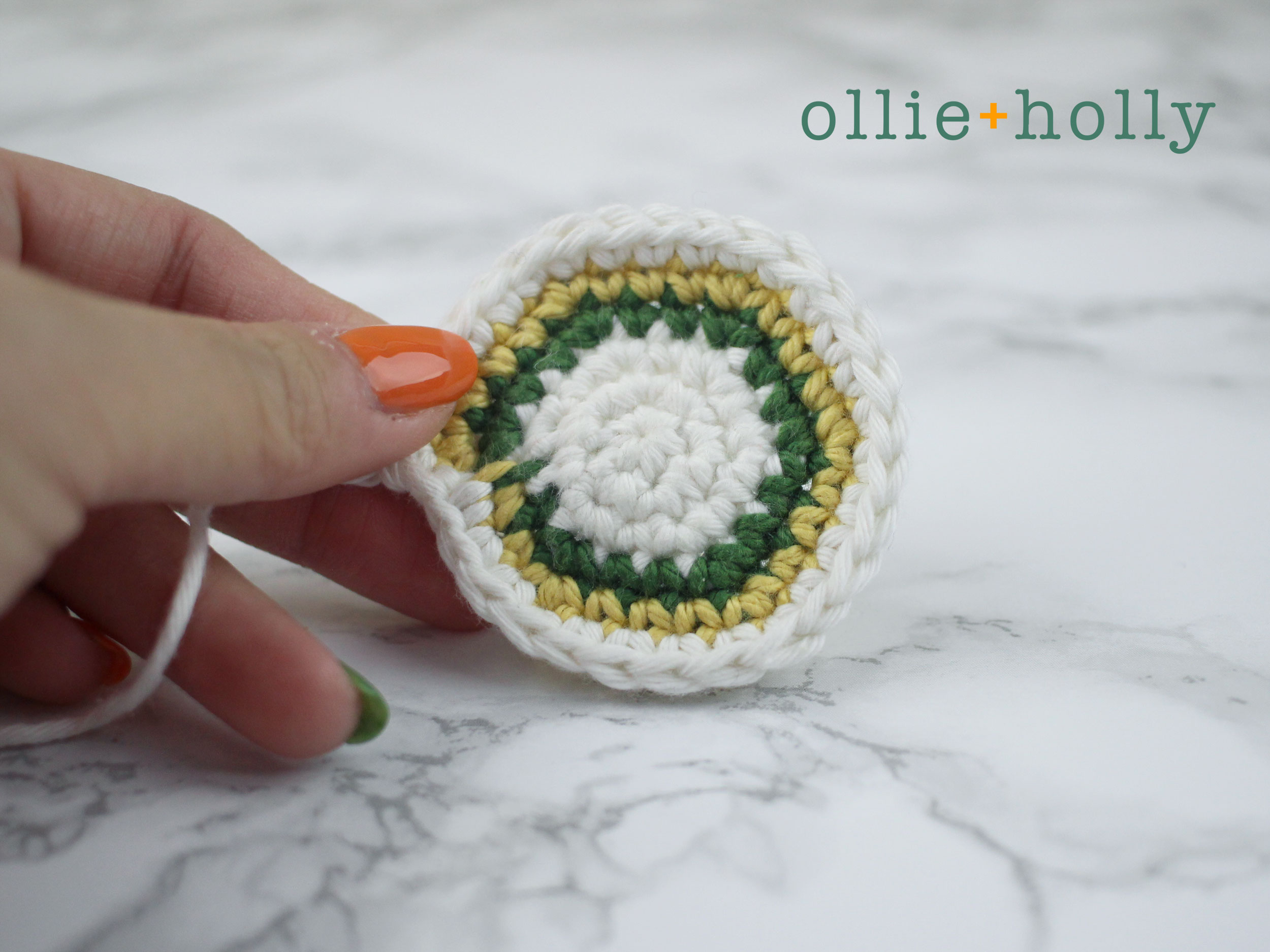 Free Ketchup Amigurumi Crochet Pattern Step 1