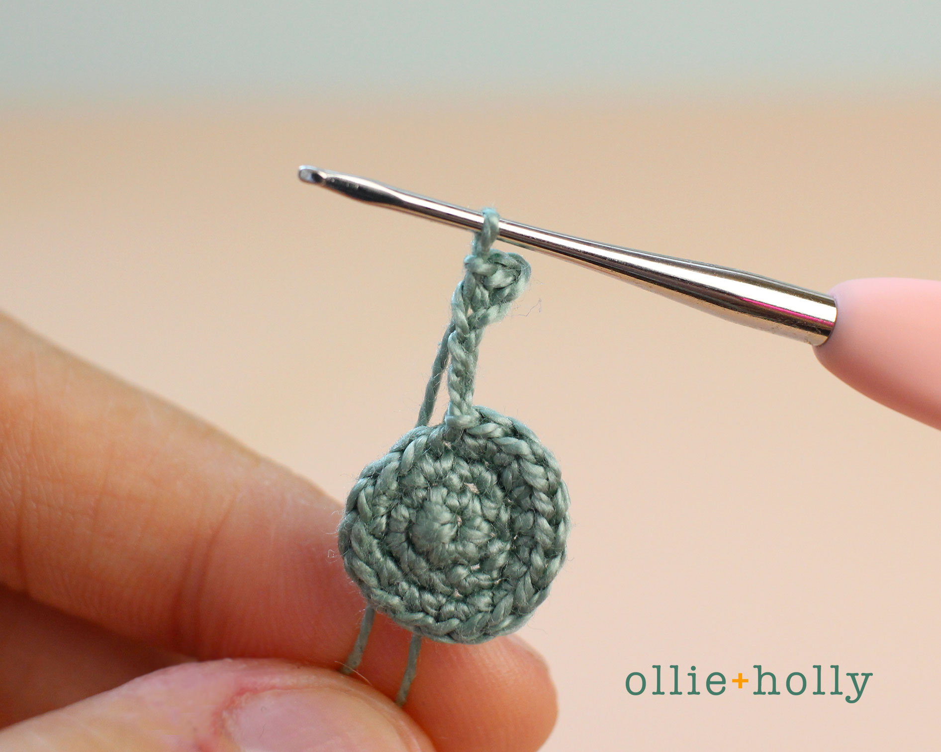 Free Blue Thistle Flowers Crochet Pattern Step 7