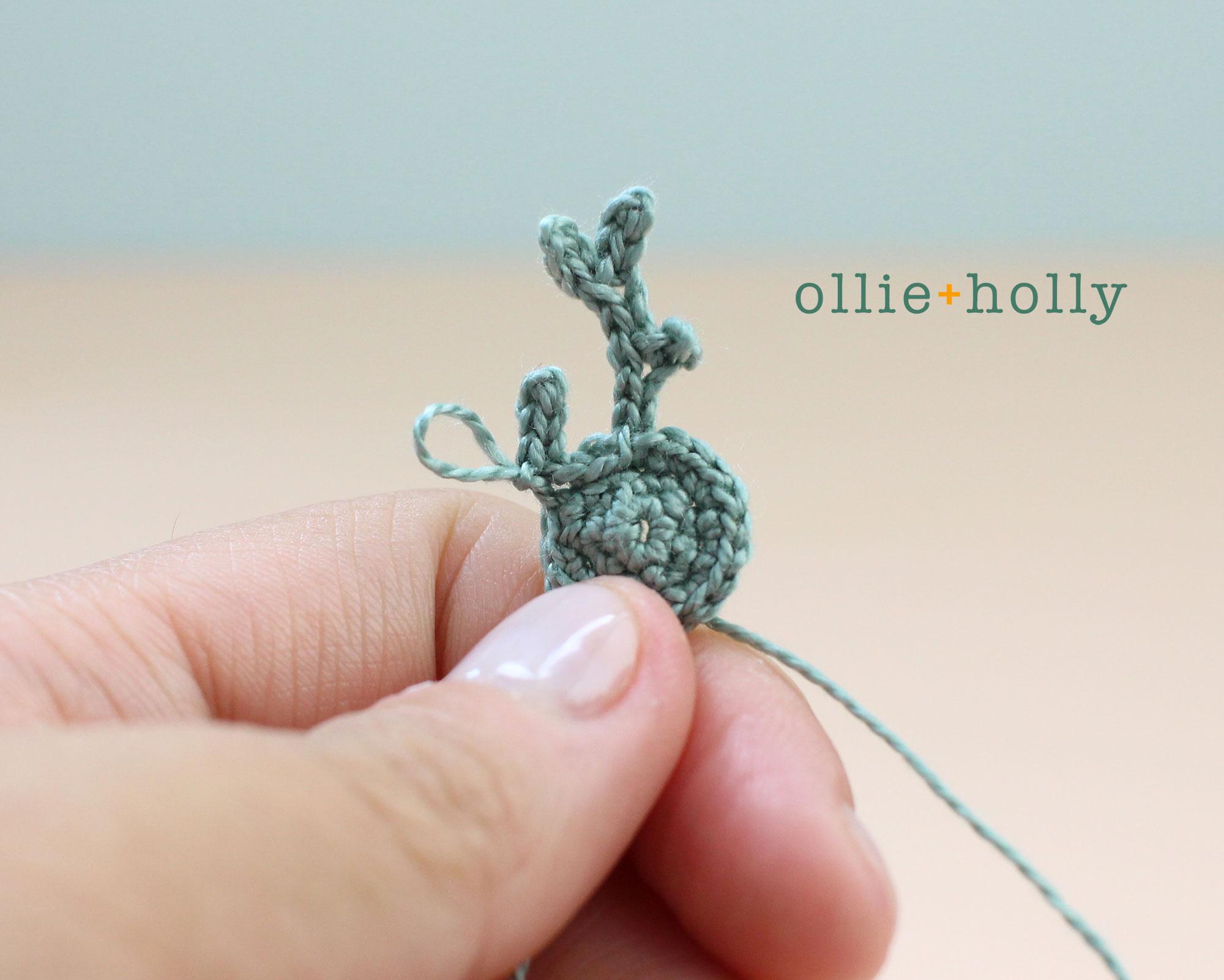 Free Blue Thistle Flowers Crochet Pattern Step 12