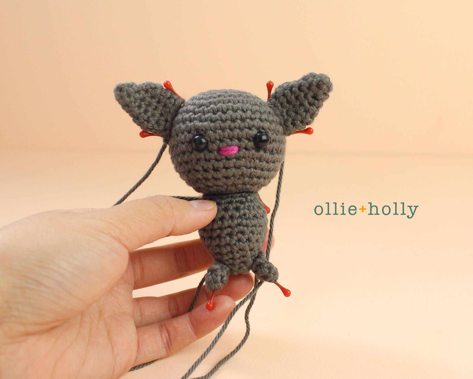 Free Bat Halloween Ornament Amigurumi Crochet Pattern Step 12