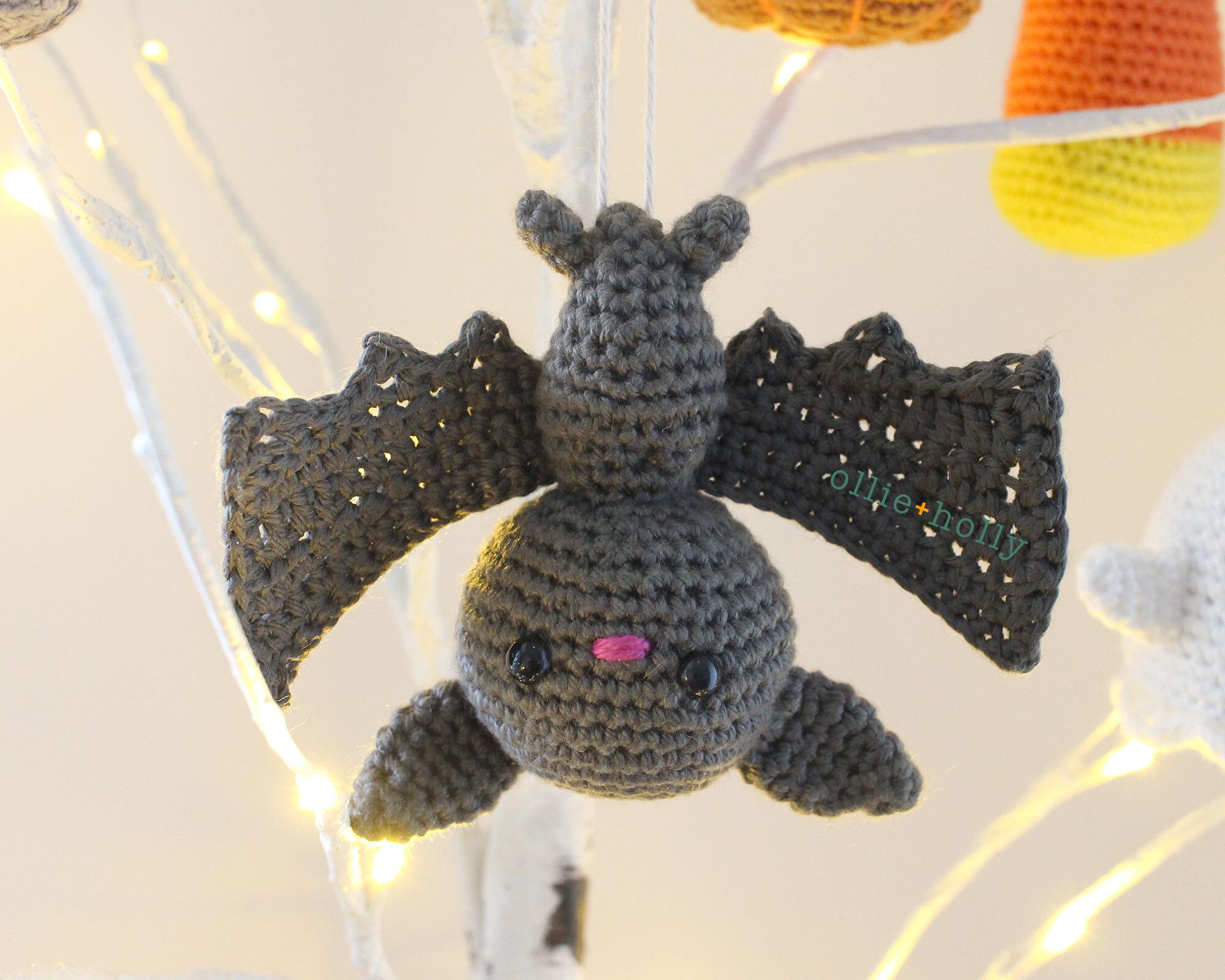 Free Bat Halloween Ornament Amigurumi Crochet Pattern Complete