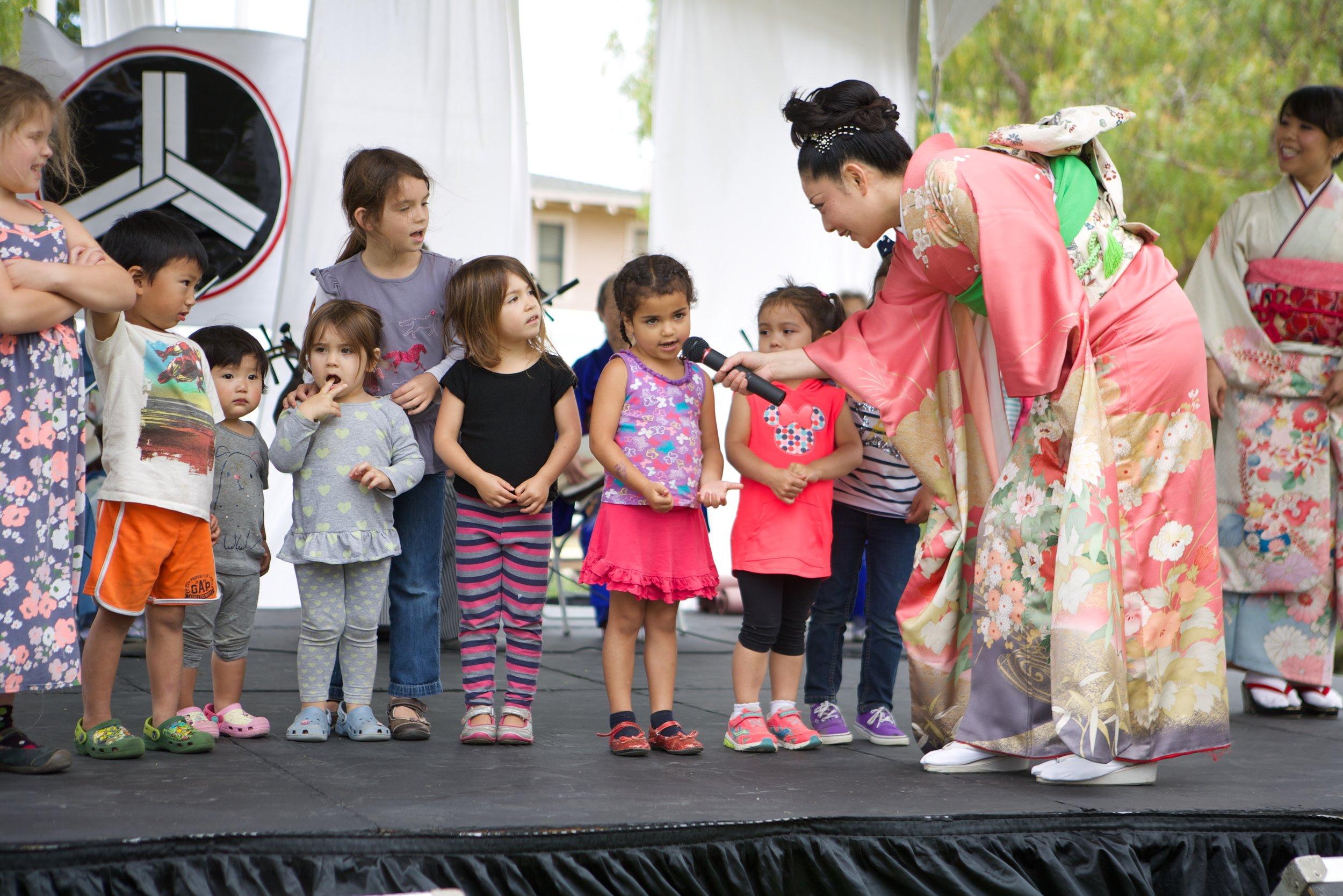 japanese-cultural-fair-of-santa-cruz-2015_19408700228_o.jpg