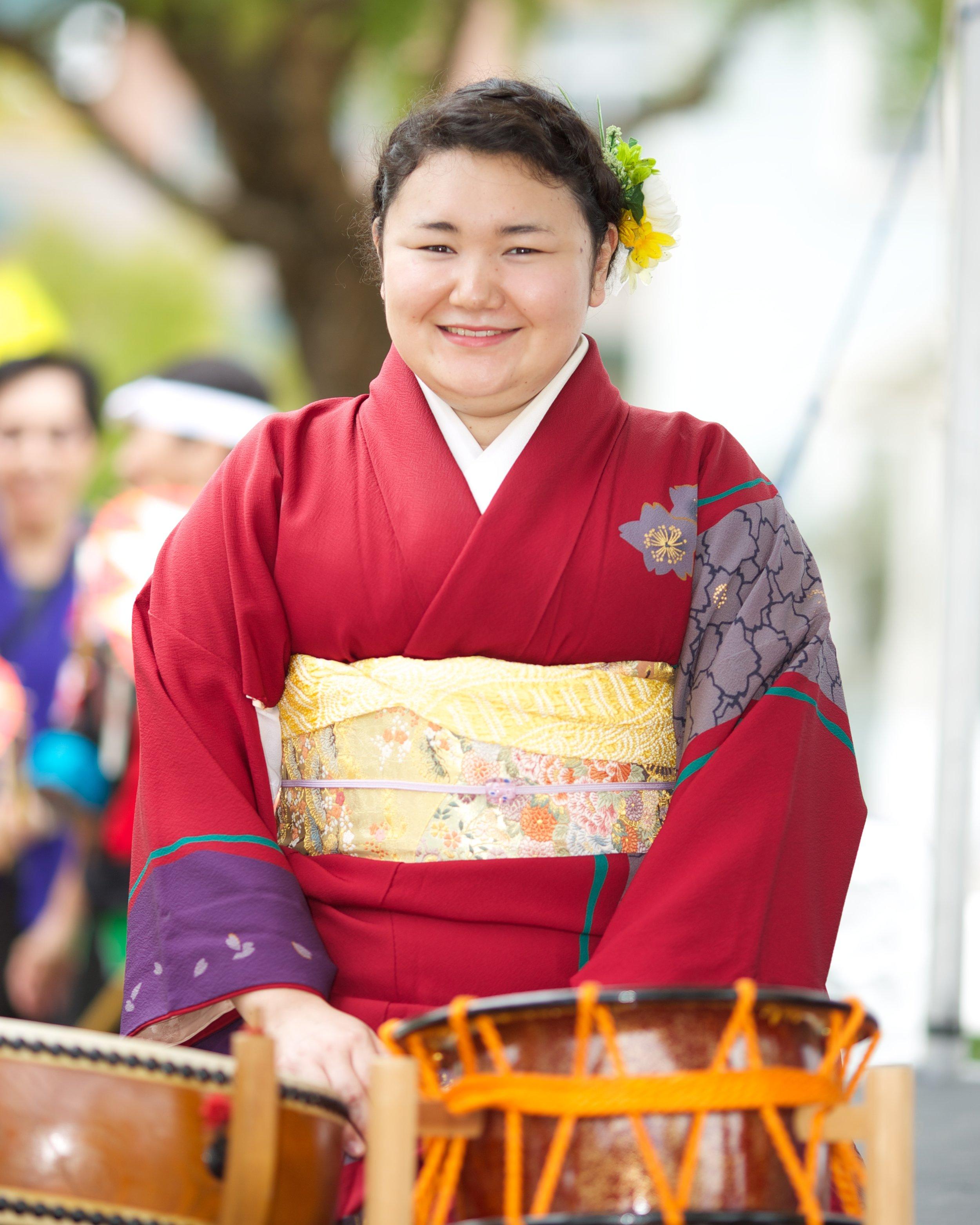 momo---matsutoyo-kai---japanese-cultural-fair-of-santa-cruz-2015_19589786772_o.jpg