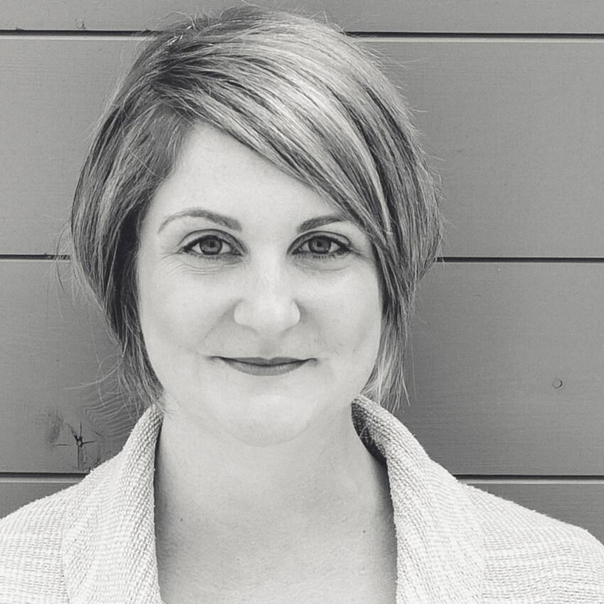 Lindsay Dunbar - Associate Researcher